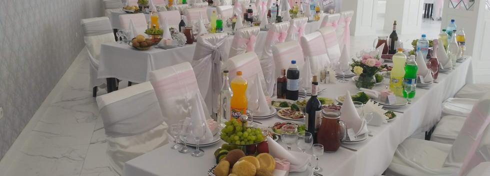 Чехлы на стулья для свадьбы в Киеве