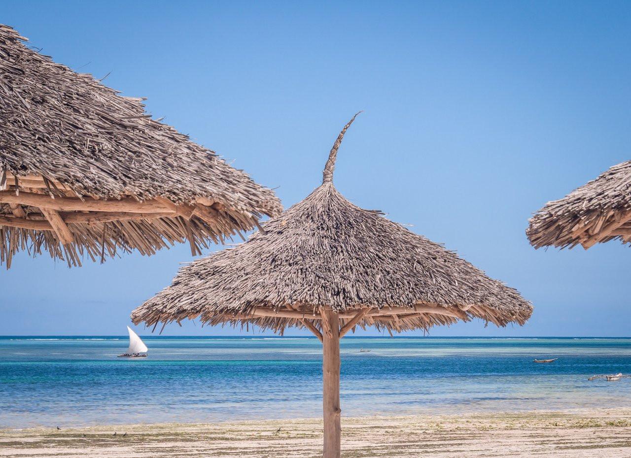 kiwengwa-beach-resort (12).jpg