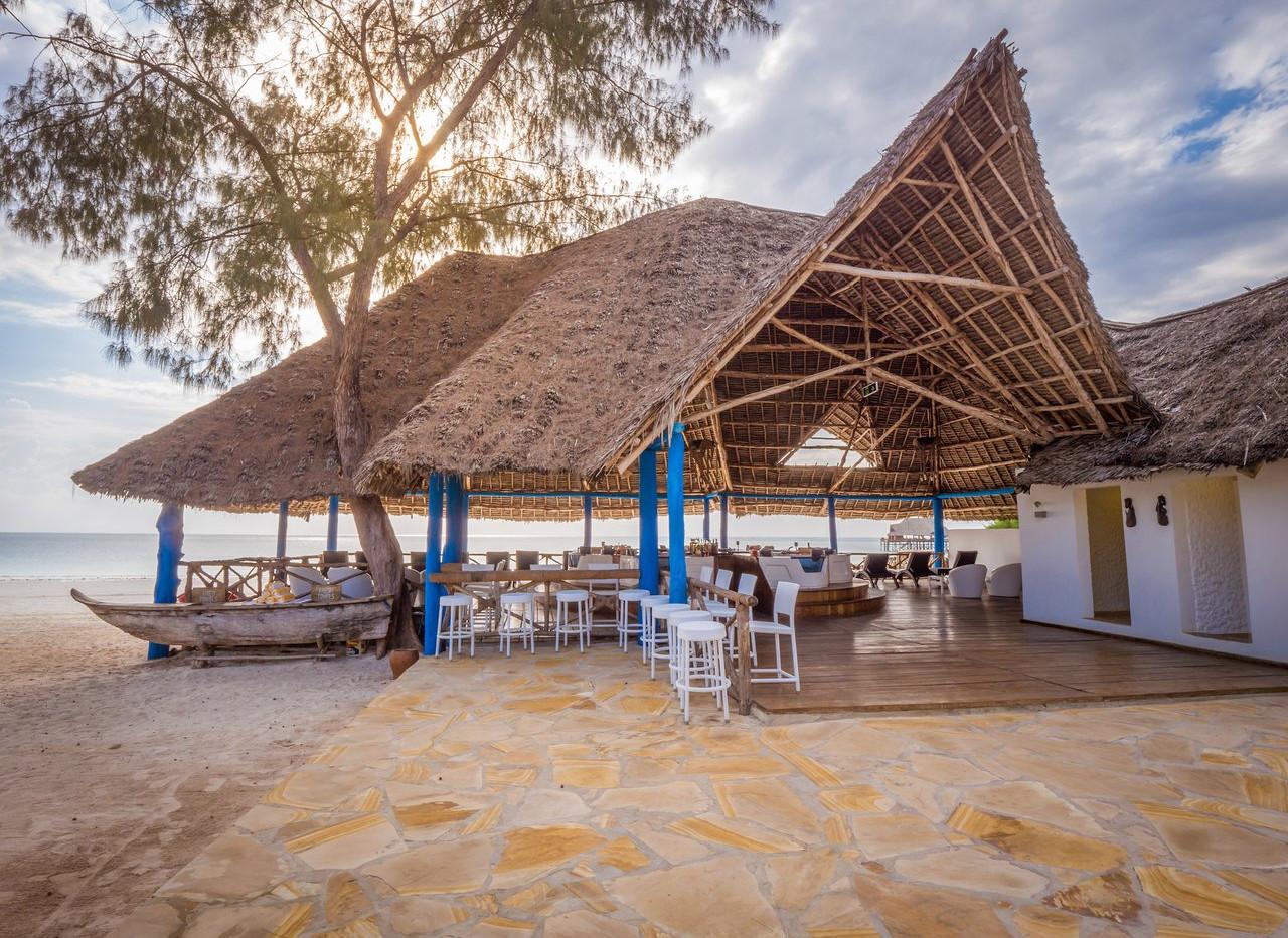 kiwengwa-beach-resort (6).jpg