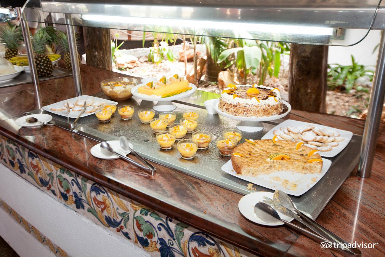 pilipili-restaurant--v5892654.jpg