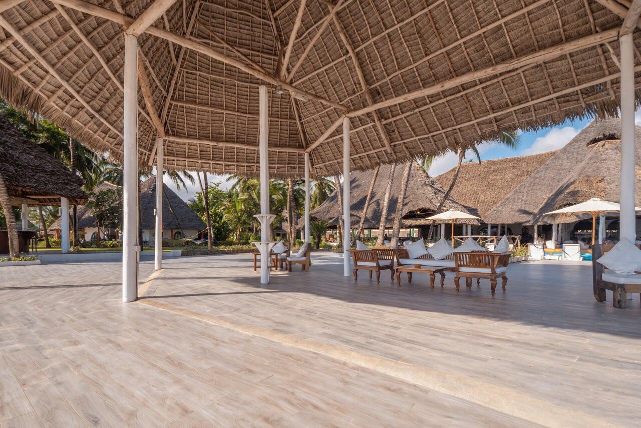 kiwengwa-beach-resort (14).jpg