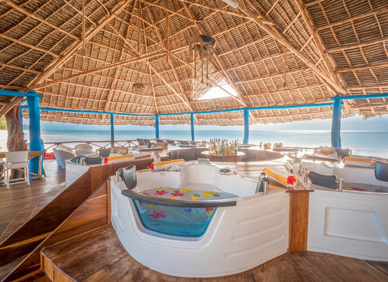 kiwengwa-beach-resort (7).jpg