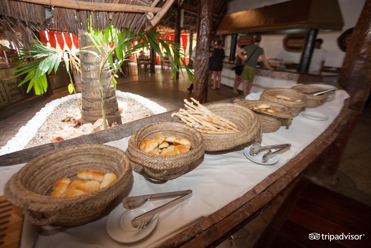 pilipili-restaurant--v5892655.jpg