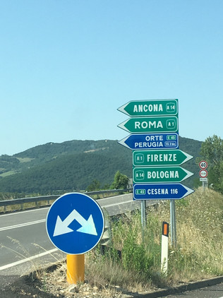 Sign onto the E45 from Montone