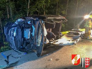 23.06.2021 - Verkehrsunfall mit eingeklemmter Person