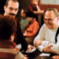 Axel Hecklau ist Spezialist für Tischzauberei in Berlin und überall dort,wo man ihn sehen möchte. Gerne auch in englischer Sprache