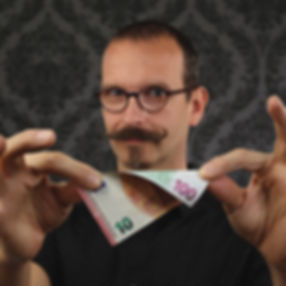 Axel Hecklau verwandelt 10,-€ in einen Hunderter