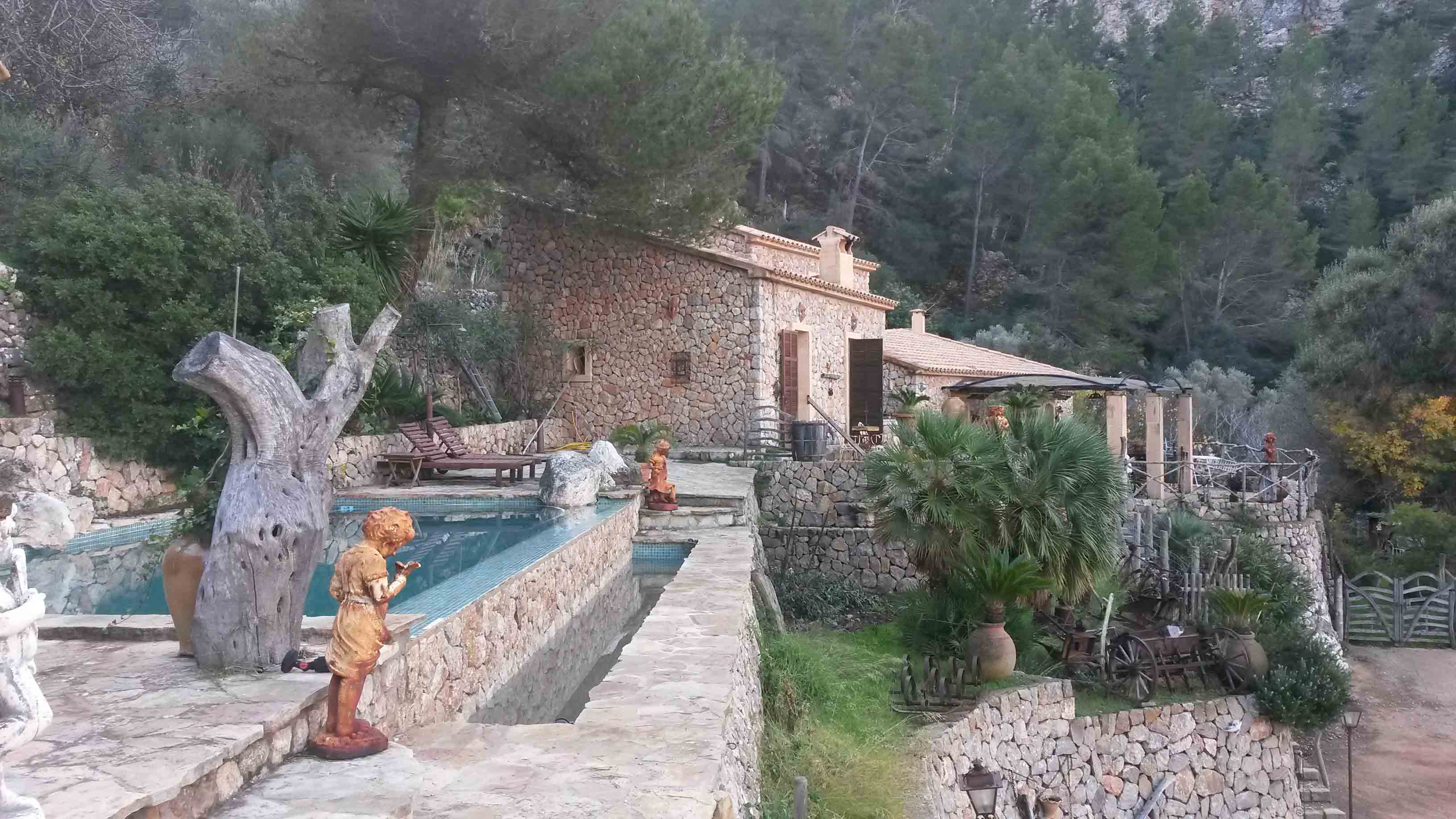 Fantastic Finca in Estellencs