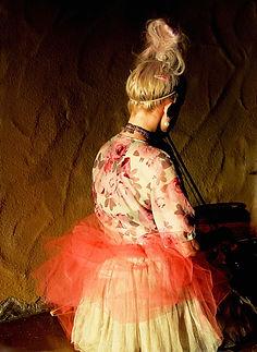 LILIA KNEELING FINE ART 24 33 8 FULL.jpg