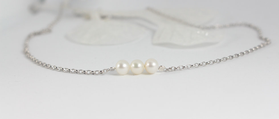 Collier court   Perles d'eau douce rondes