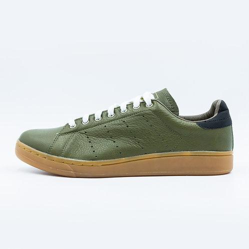 DEV : Classic Sneakers - CS08