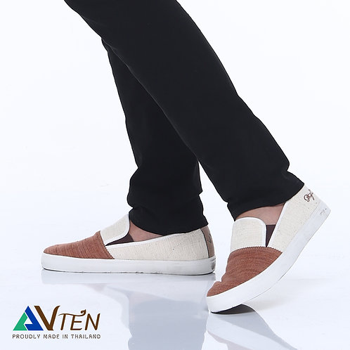 VTEN :Phu-Pan The Classic Slip On Shoes
