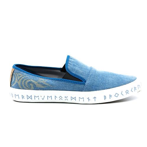 VTEN :Phu-Rua The Classic Slip On Shoes - Baby Blue