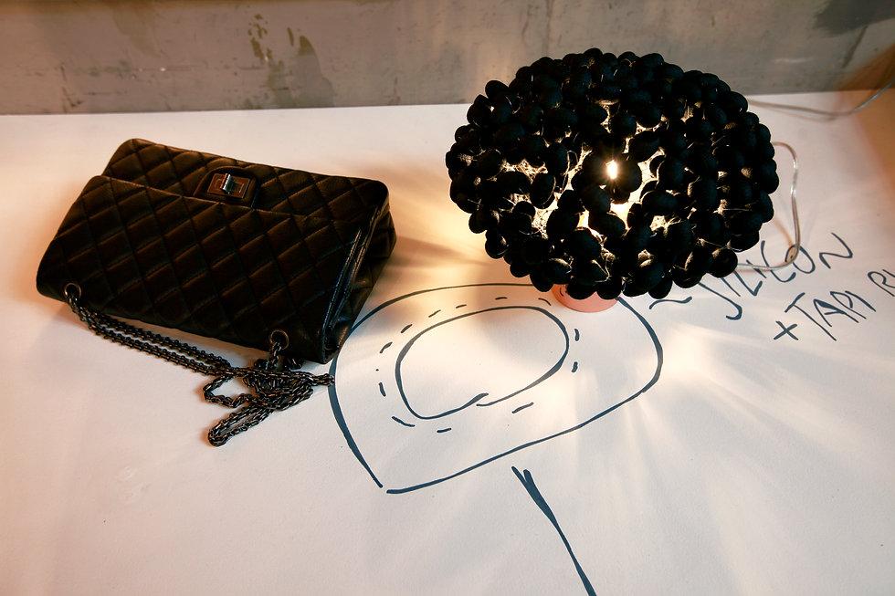 stylish blace silk cocoon table light
