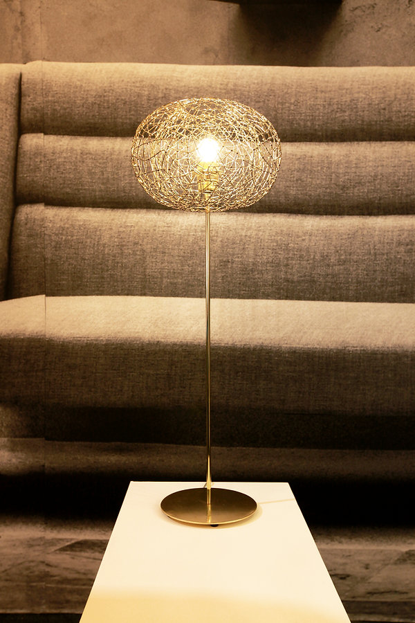 Handcrafted table light in brass