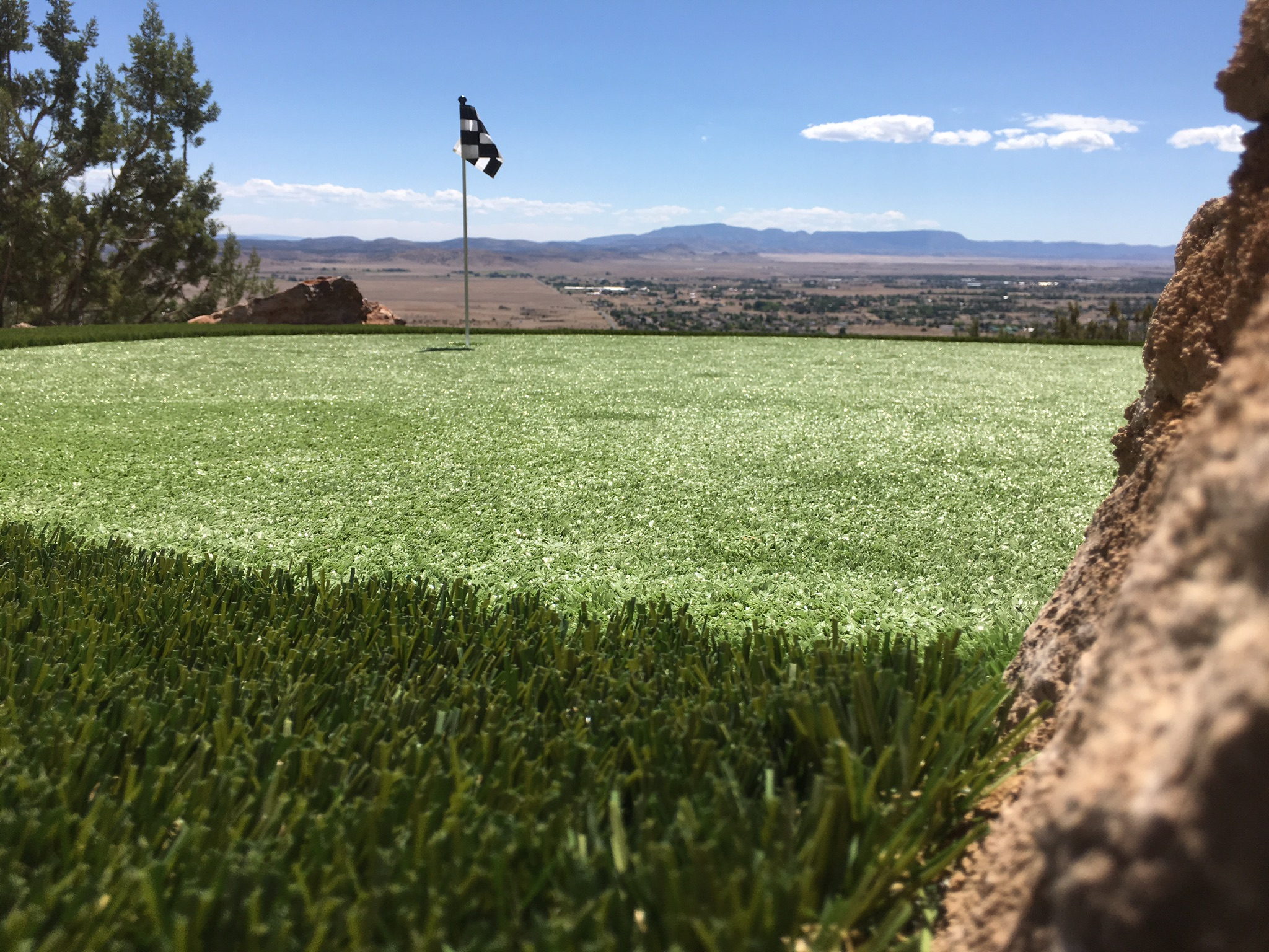 Hilltop Putting Green