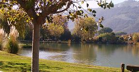 Lac vue sur le Tanneron.png