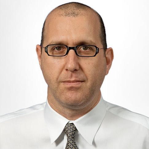 PROFESSOR DR. YARIV BRAUNER