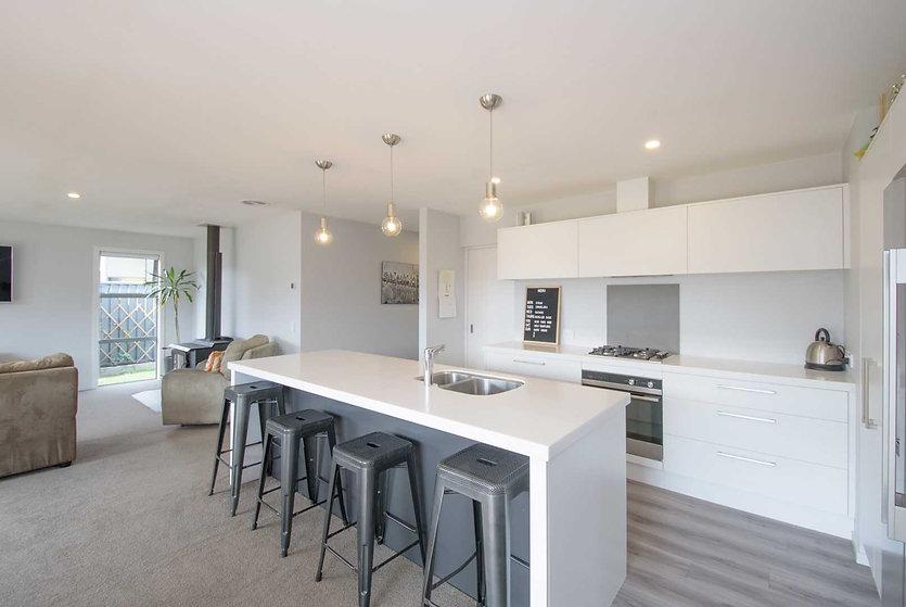 11EP Kitchen 2.jpg