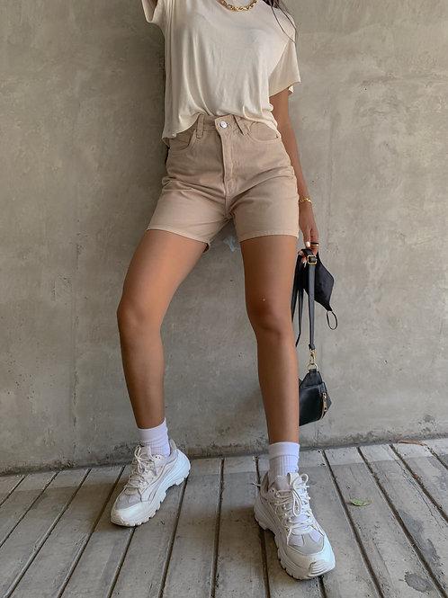 Mom short beige