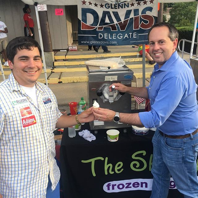 Helping Team _edwgillespie stay cool wit