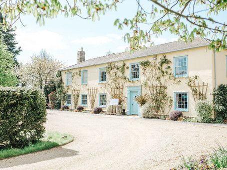 Wedding Planner Hertfordshire Shares Ideas on How to Choose a Wedding Venue