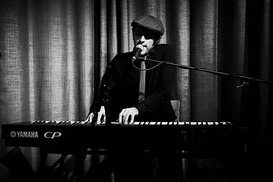 Andy Lucas piano glasgow, glasgow piano, wedding piano edinburgh, edinburgh piano, pianist edinburgh, pianist glasgow, glasgow pianist, wedding music,