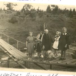 слева О.Ф. Либрехт.BMP