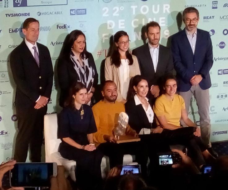 Les producteurs du court-métrage El futuro, lauréat du Premio La Palomita 2018