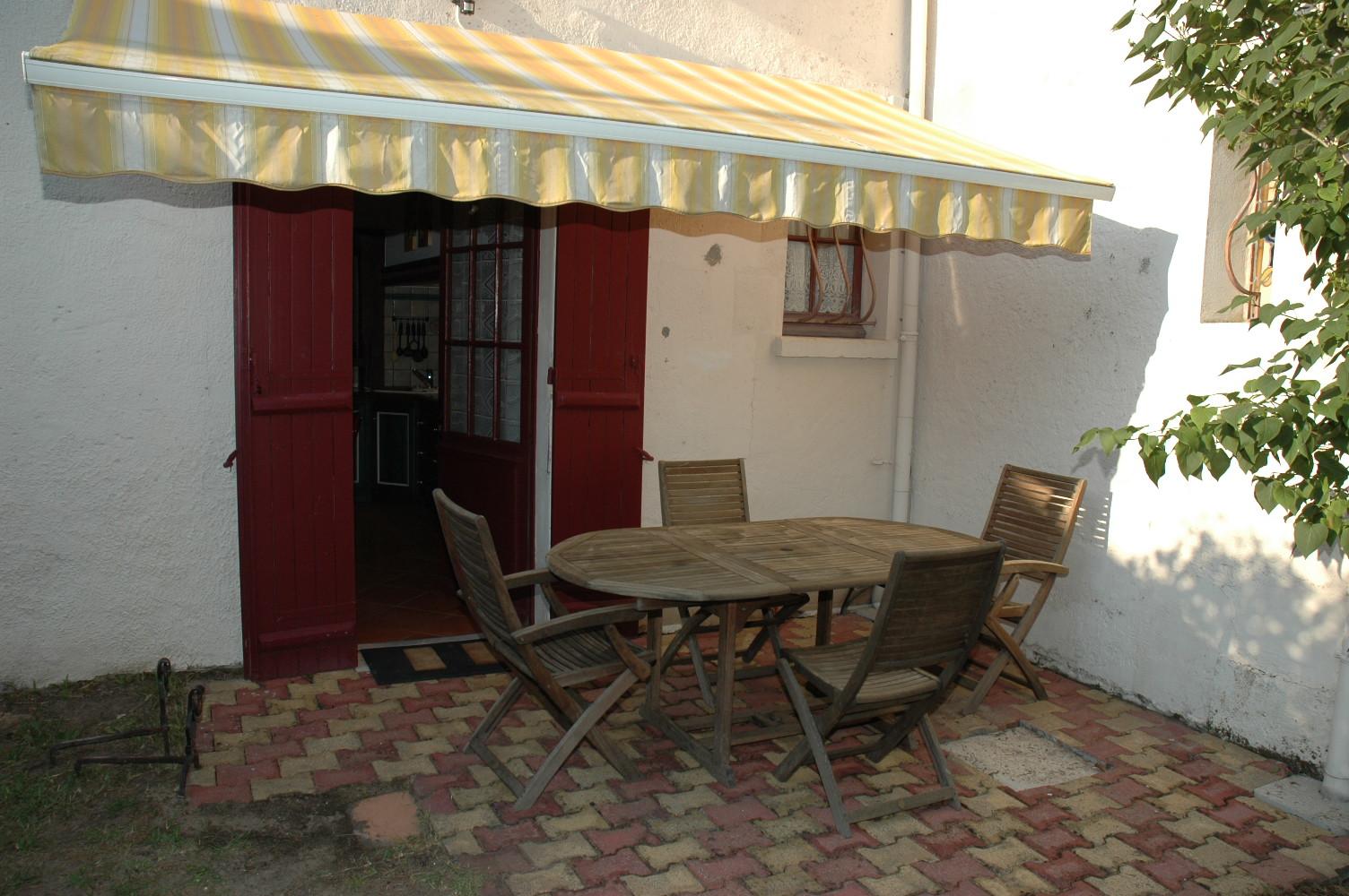 Terrasse cuisine gîte