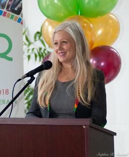 Dawn Arnold Mayor/Maire