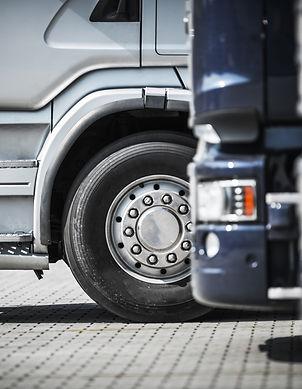 semi-trucks-on-the-rest-area-PH528TH.jpg