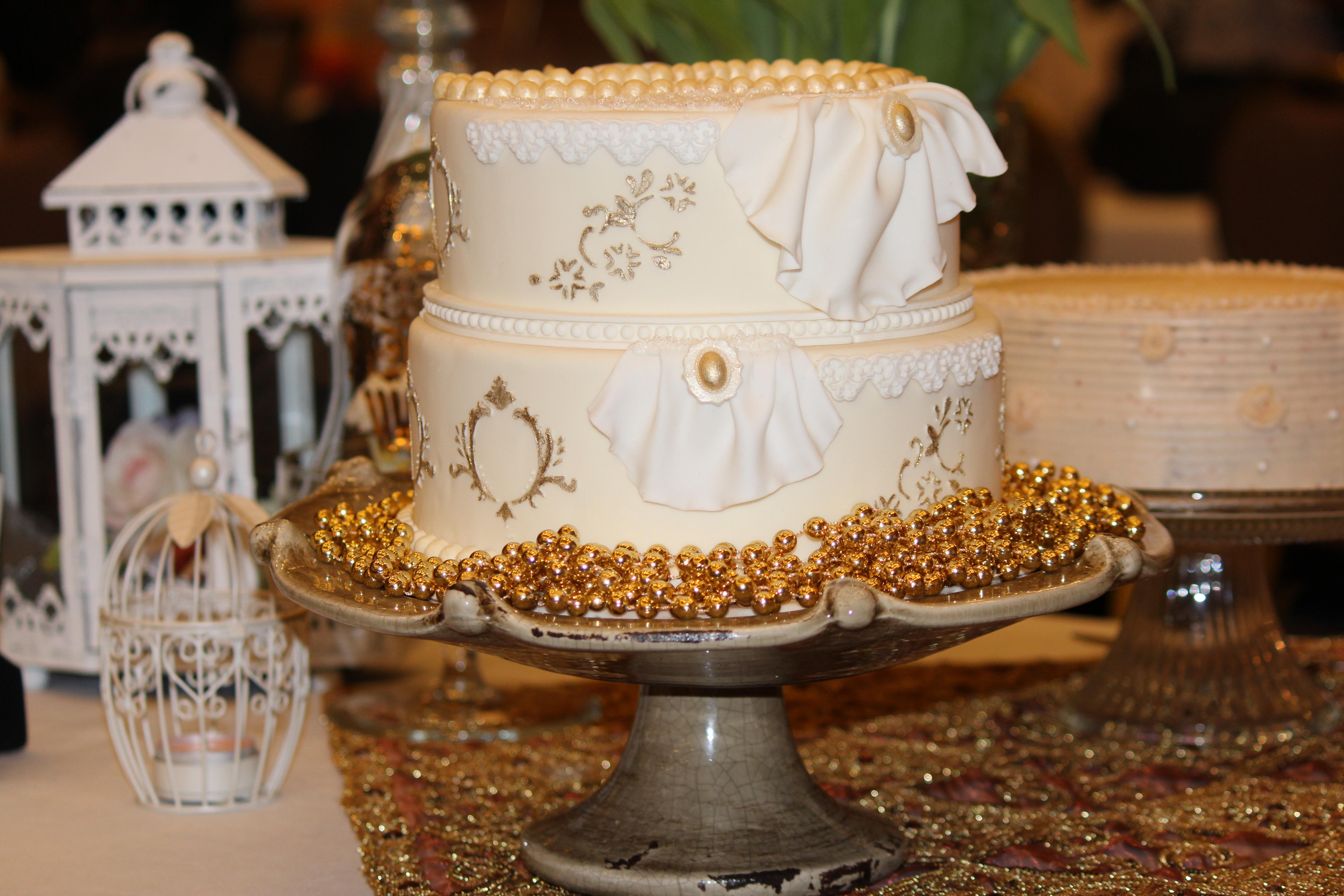 Vintage Style Custom Cake
