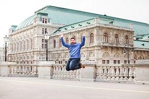Nicholas 8.4.19 Vienna-34.JPG