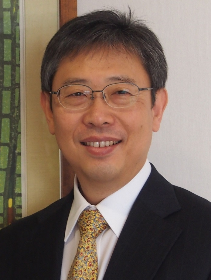 Speaker on Japan, Consul General Tsutomu Nakagawa