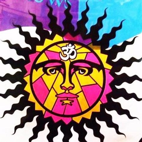 Sol con el símbolo Om 3 colores