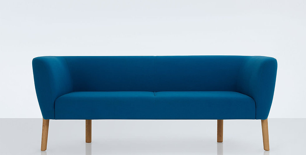 Modus April Sofa