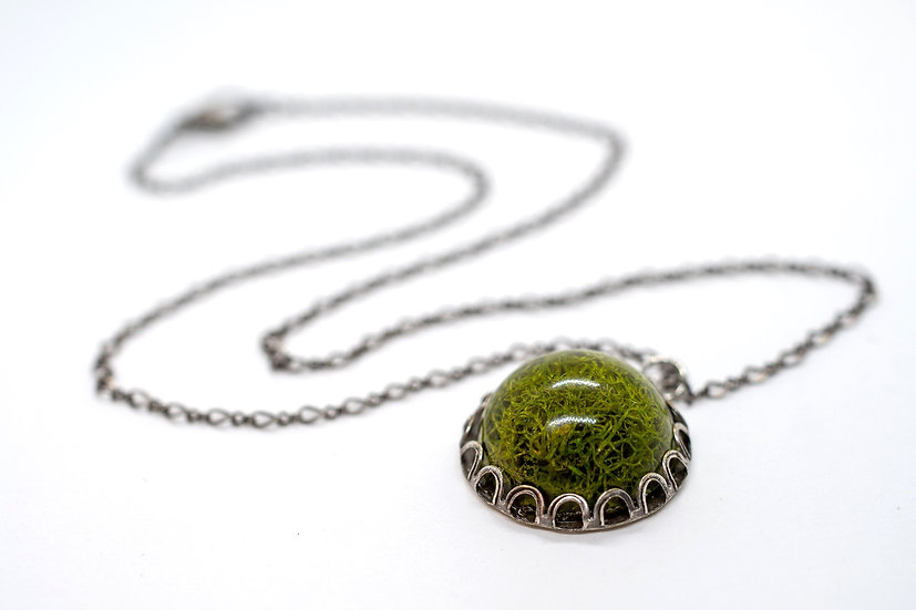 "Small Moss Necklace, 17.5"" (OR005)"