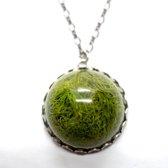"Large Moss Necklace, 17.5"" (OR004)"