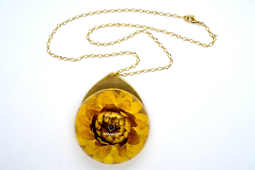 "Large Yellow Straw Flower Necklace, 17"" (OR010)"