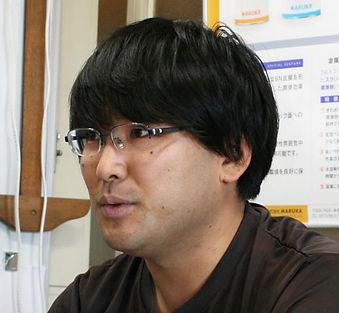 製造部川村さんThumb.jpg