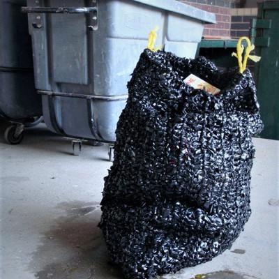 CROCHET TRASH BAG
