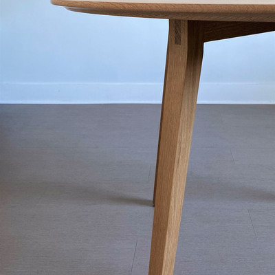 MARLOW TABLE