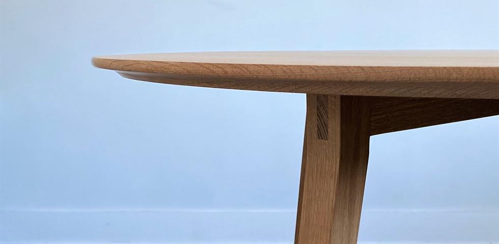Marlow Table 02.jpg
