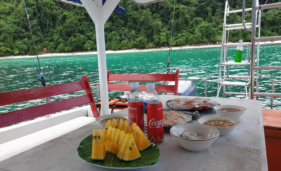 Seafood lunch on board