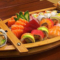 Grote sushi sashimi mix (boot) 54st voor 3ps