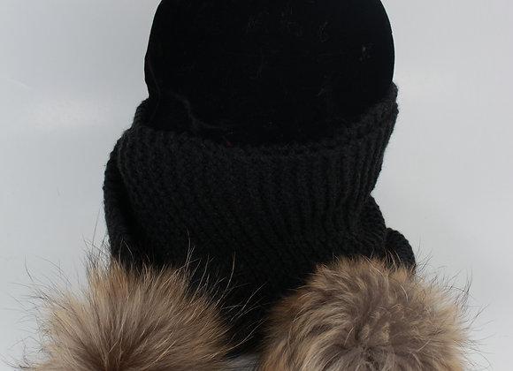 Foulard en tricot avec pompon / Gris charcoal