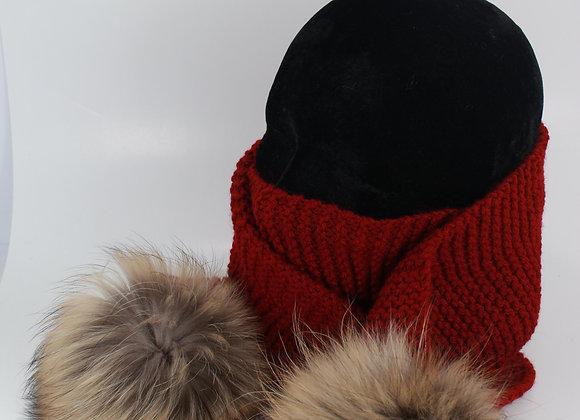 Foulard en tricot avec pompon / Bourgogne