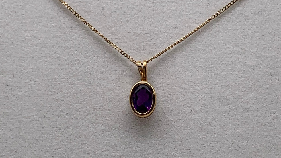 Pre-owned 9ct yellow gold Amethyst necklace