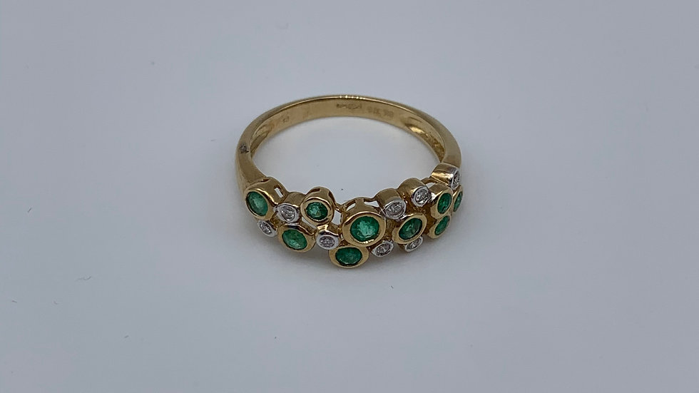 9ct yellow gold Diamond & Emerald ring